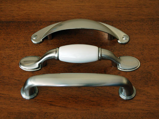 brushed nickel drawer pulls